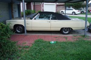 1967Plymouth Fury III  5.2L Convertible W Leather, AUTO Trans PS, PB Air (Fact)