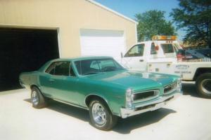 1966 Pontiac LeMans Base 6.4L