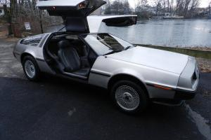 DELOREAN DMC-12 LOW MILES GULL  WING RESTORED TOTALLY BRAND-NEW MINT