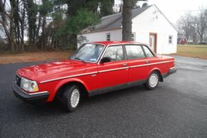 1989 VOLVO 240 DL CLEAN CARFAX  RUNS GOOD HISTORIC LOOKS GOOD BUILT TO LAST Photo