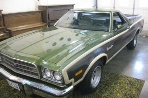 Ford : Ranchero Brougham Squire