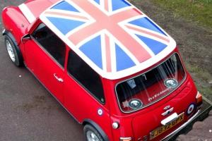 Mini 1000 very very reliable serviced cheap student insurance + HP arranged
