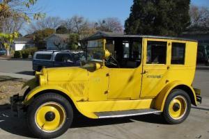 1924 REO Taxi Cab Photo