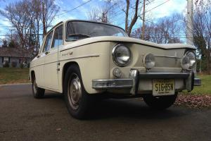 1965 Renault R8 1100 Sedan