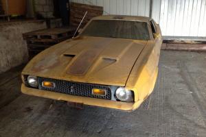 Mustang 1971 Mach one ( barn find)