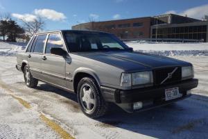 1988 Volvo 740 Turbo sedan, 142k, E-codes, more CLEAN Texas car RUNS GREAT