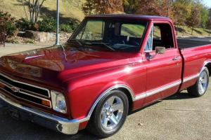 1968 Chevy Fleetside SWB  SHOW TRUCK custom restored 100%