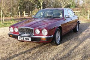 1985 JAGUAR SOVEREIGN SERIES 3 4.2 RED 84,000 MILES FROM NEW WITH HISTORY