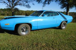 1972 Plymouth Roadrunner Base 6.6L