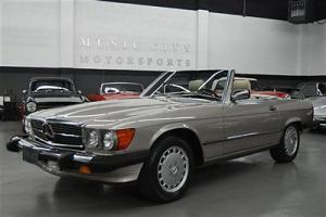 Well Serviced Well Documented 560SL with Excellent Run and Drive!