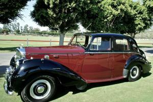 1954 Bentley R-Type Saloon Photo