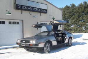 1981 Delorean DMC-12 1980's Icon