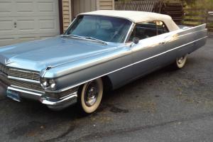 Cadillac Coupe DeVille Convertible 1964