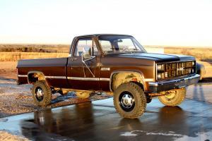 1983 GMC K2500 4x4 Truck