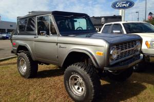 75 FORD BRONCO RESTOMOD, 5.0 FORD RACING CRATE MOTOR C4, VINTAGE AIR