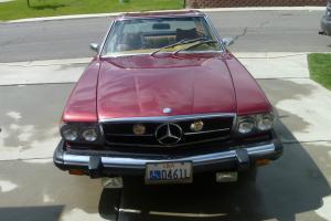 Classic 1975 Mercedez 450 SL Red Metalic