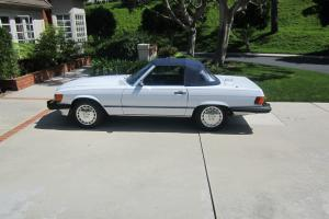 Completely restored and modernized 560 SL No Reserve