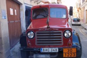 BEDFORD OY 1942 classic truck split screen (tax & test exempt)
