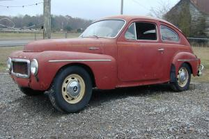 Volvo  544    Street Rod or Vintage Race  looks like fat fendered 1946 1948 Ford