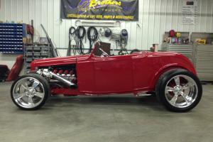 1932 ford roadster hot rod custom car twin turbo 5.3 ls engine sema show