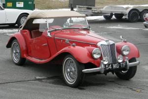 1954 MG TF Roadster - RARE Color Combination - BEAUTIFUL - Excellent Driver