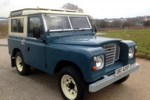 1975 LANDROVER DEFENDER 88 SERIES 3 COUNTY STATON WAGON 7 SEATER IN GREAT ORDER