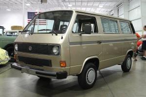 """1985 Volkswagen Vanagon / Bus  """"7 Seats of Fun"""""""