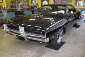 1969 Dodge Charger 4 Speed REAL BLACK CAR