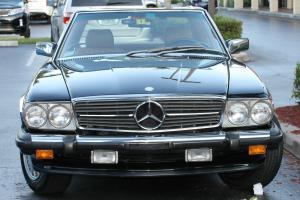 Mercedes-Benz 560 Series SL 1986 Coupe 2D 5.6L V8 MPI Photo