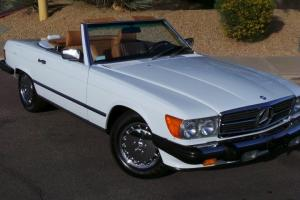 1988 Mercedes-Benz 560SL Roadster, 2 Tops, Chrome Wheels, Fully Loaded, All Docs