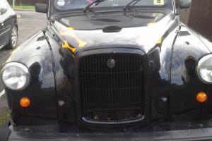 Lti Fairway Carbodies FX4 Black London Taxi Cab - 12 month MOT Photo