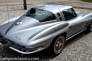 1965 Corvette StingRay Coupe 327 - Rare color combination - Restored Photo