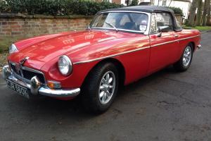 1972 MG B RED