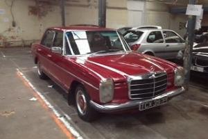 MERCEDES classic car saloon 250 AUTO RED Photo