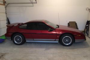 1987 Pontiac Fiero GT Coupe 2-Door 2.8L