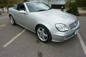 MERCEDES SLK 230 KOMPRESSOR AUTO 2002 - MERCEDES FSH FROM NEW STUNNING