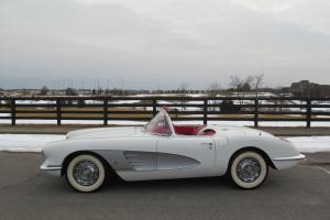 1960 CHEVROLET CORVETTE FRAME OFF RESTORED 283/245 HP 2X4'S