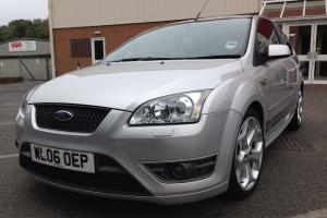 2006 FORD FOCUS ST-2 SILVER
