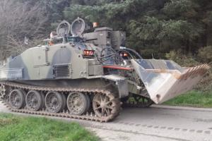 F.V 180 Combat Engineer Tractor Millitary Digger Excavator