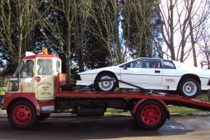 LOTUS ESPRIT TURBO WHITE CLASSIC CAR TAX EXEMPT