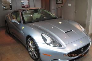 Ferrari : California Base Convertible 2-Door