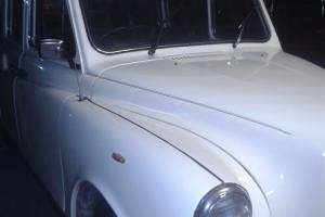 Ivory White Vintage London CAB Limousine Hotrod Ratrod Daily Driver Investment