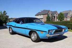 Dodge : Challenger Watch Video Photo