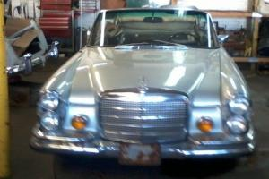 Mercedes-Benz : 200-Series convertible