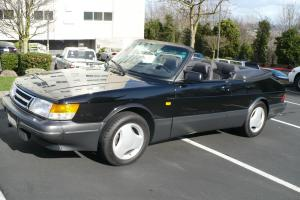 """Saab : 900 """"Springtime in Sweden""""  900 Turbo Convertible Photo"""