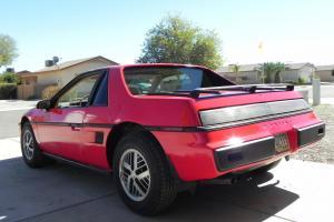 Pontiac : Fiero Base Coupe 2-Door