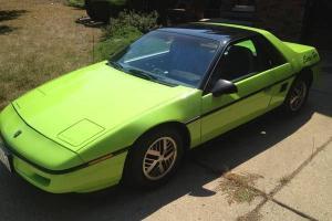 Pontiac : Fiero 2- Door Coupe