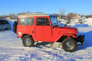 Toyota : Land Cruiser std.