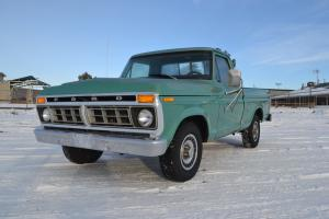 Ford : F-100 F100 Custom short-bed