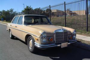 Mercedes-Benz : 200-Series SEL 4.5